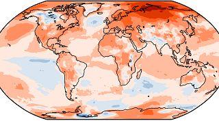 Anomalía de temperaturas en 2020 respecto a la media de 1981-2010. Los colores cálidos significan temperaturas mayores que la media.
