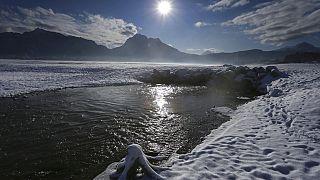 Ζεστός ήλιος και πάγος