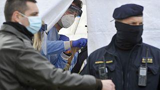 Beoltották a horvátországi földrengés utáni mentésben résztvevő alakulatok tagjait