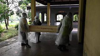 حرق الجثث في سريلانكا