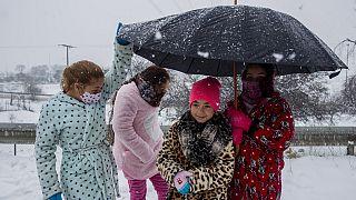 Wetterchaos - Spanier machen Selfies im Schnee