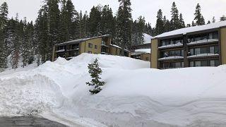 3 muertos por un alud en una estación de esquí siberiana