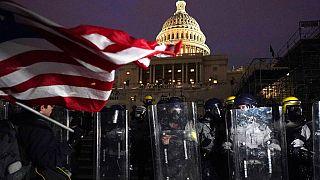 Sicherheitskräfte vor dem Kapitol in Washington nach den Ausschreitungen