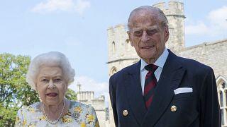 Beoltották II. Erzsébet királynőt