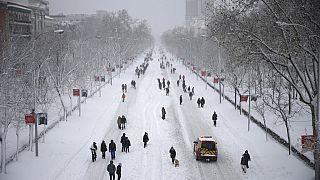 İspanya tarihini en yoğun kar yağışına sahne oluyor