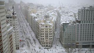 Elképesztő állapotok a behavazott Madridban