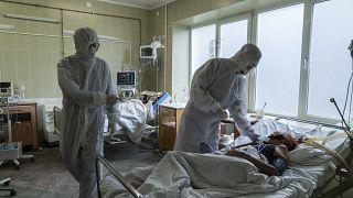 Ουκρανία:Περιμένοντας τα εμβόλια