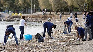 Εθελοντές της HELMEPA καθάρισαν 83 χιλιόμετρα ακτογραμμής εν μέσω της πανδημίας