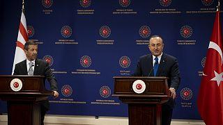 Dışişleri Bakanı Çavuşoğlu mevkidaşı Ertuğruloğlu ile birlikte basın toplantısı düzenliyor