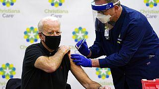 Joe Biden 2. aşıyı vuruldu