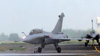 Fransız yapımı Rafale savaş uçağı