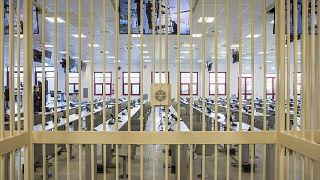 İtalya'nın en büyük mafta davasının görüleceği  Lamezia Terme'daki mahkeme salonu.