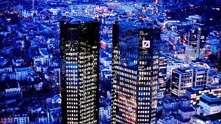 برجهای «دویچه بانک» در شهر فرانکفورت، آلمان