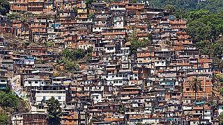 Nem csak a vírustól, már az éhségtől is félnek Brazíliában