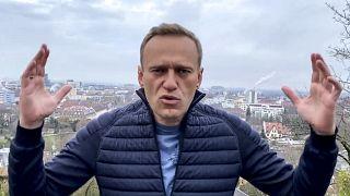 Remis de son empoisonnement, Alexeï Navalny va rentrer en Russie