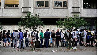 صف متقاضیان اخذ پناهندگی از آلمان در برلین
