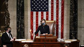 ABD Temsilciler Meclisi Başkanı Demokrat Nancy Pelosi, Trump ile ilgili yapılan oylamanın sonucunu ilan etti