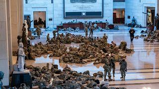 Η Εθνοφρουρά παρακολουθεί στενά επί 24ώρου βάσης το αμερικανικό Καπιτώλιο