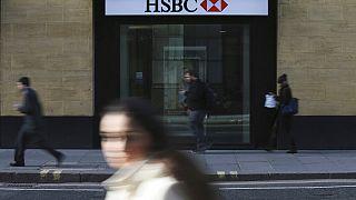 İngiltere'nin başkenti Londra'da bir HSBC şubesi