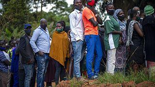 Hamar sorok alakultak ki Ugandában a szavazócédulák késése miatt