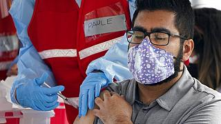 Araştırma: Covid-19'a yakalananlar '5 ay' bağışıklığa sahip; ancak virüsü tekrar yayabilirler