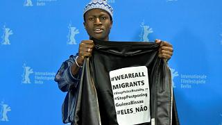 Bungué protestiert auf der Berlinale gegen Polizeigewalt in seiner alten Heimat Guinea-Bissau