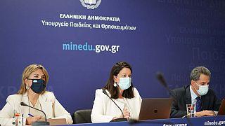 Η ηγεσία του Υπουργείου Παιδείας κατά την παρουσίαση του ν/σ για την τριτοβάθμια εκπαίδευση