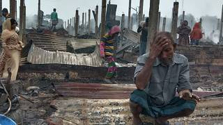 fire raced through a sprawling Rohingya refugee camp in southern Bangladesh on Thursday, destroying hundreds of homes, officials said.
