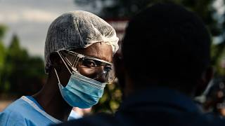 Zimbabwe : la Covid-19 bouleverse les rites funéraires