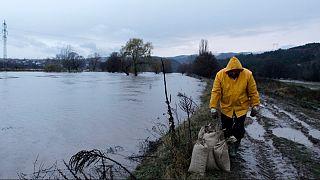 Rio Iskar foi muito afetado pelas fortes chuvas da última semana na Bulgária