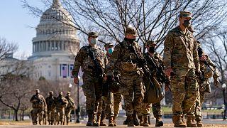 Pelo menos 7.000 militares já estão de guarda junto ao Capitólio