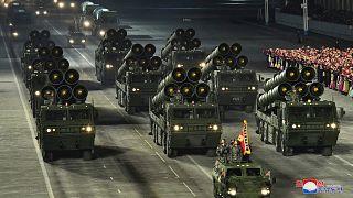 Kuzey Kore'de askeri tören