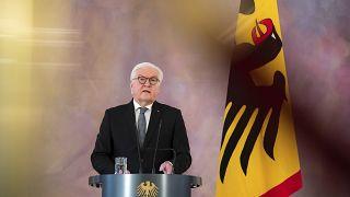 الرئيس الالماني يوجه نداء إلى العمال والنقابات العمالية إلى أن يلزموا بيوتهم في برلين أكثر ما يمكن. 2021/01/12
