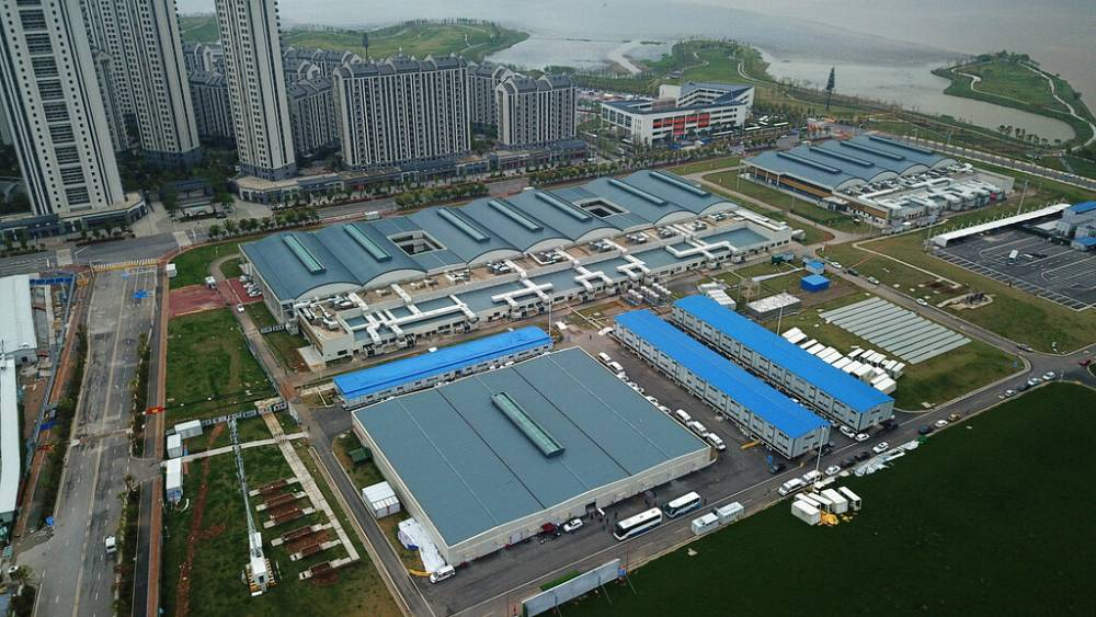 Çin'de Covid-19 vakaları arttı, beş günde bin 500 odalı hastane yapıldı