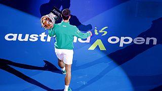 Avustralya Açık'ta 2020'de şampiyon olan Sırp tenisçi Novak Djokovic.