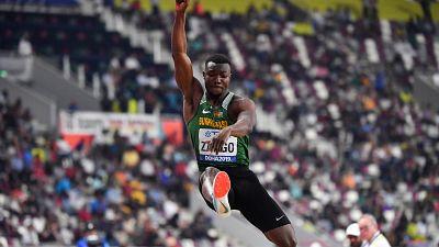 Zango pulvérise le record du monde du triple-saut