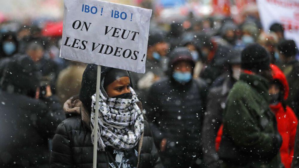 Paris'te protesto: Yeni güvenlik yasasına karşı halk özgürlükleri savundu