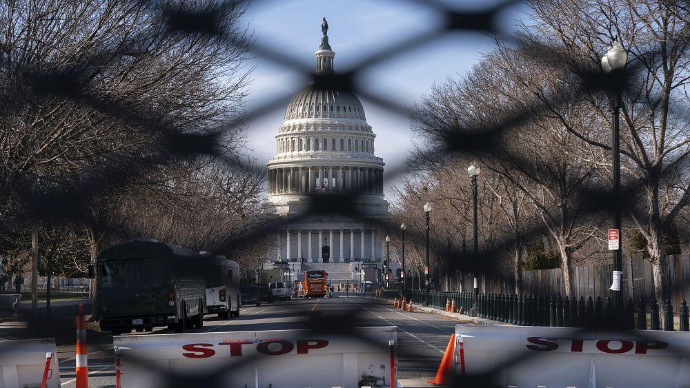 ABD'de Kongre baskını: Güvenlik güçleri olası silahlı gösteriler için teyakkuzda