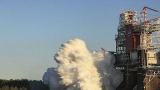 Испытания двигателей ракеты Space Launch System