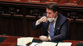 Il Presidente del Consiglio italiano Giuseppe Conte dopo il discorso alla Camera