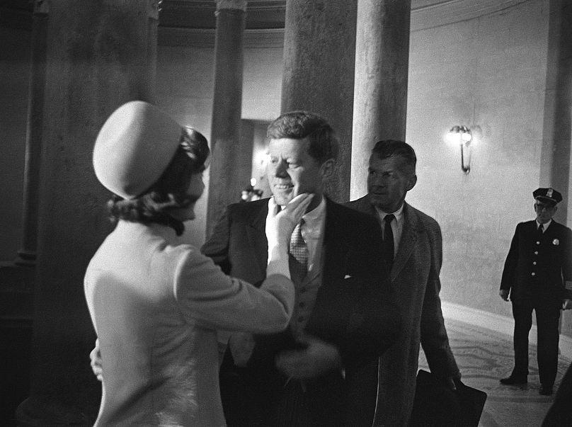 HENRY BURROUGHS/1961 AP