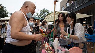 Pekin'de bir dondurma satıcısı