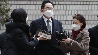 لي جاي يونغ، نائب رئيس مجلس سامسونغ إلكترونيكس خلال وصوله إلى محكمة سيول العليا في كوريا الجنوبية