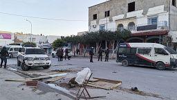 Troubles dans la banlieue de Tunis, à Siliana et Kasserine