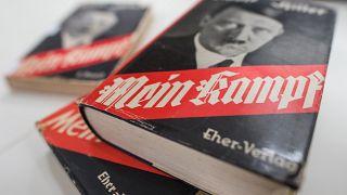 Original-Ausgabe von Hitlers Buch im Institut für Zeitgeschichte in München.