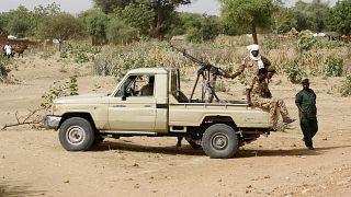 انتشرت القوات السودانية في الجنينة حيث بدأت الاشتباكات الدامية