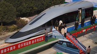قطار ماجليف الصيني فائق السرعة
