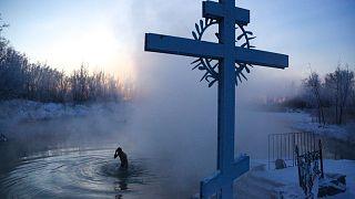 الاحتفال بعيد الغطاس الأورذوكسي في روسيا