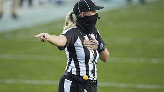 Sarah Thomas vai ser a primeira mulher a arbitrar na Super Bowl