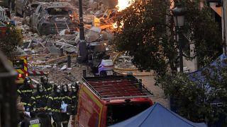 Explosão destrói edifício no coração de Madrid